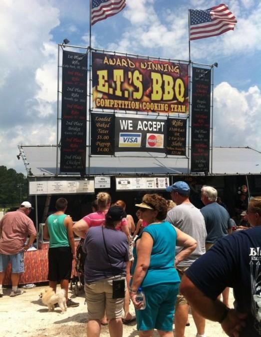 Column: Op bezoek bij het BBQ festival – Amerika culinair