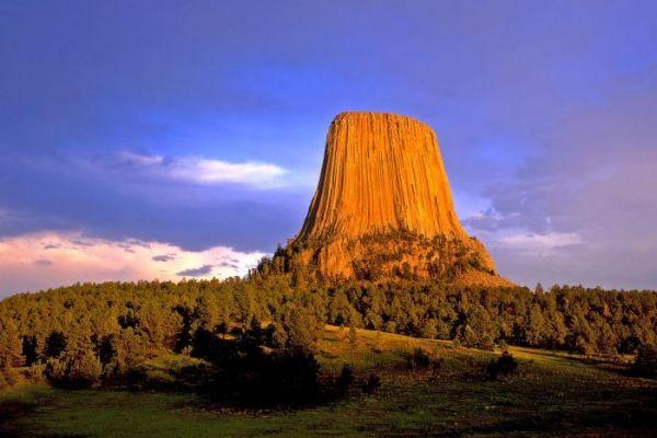 Devils Tower  – Wyoming